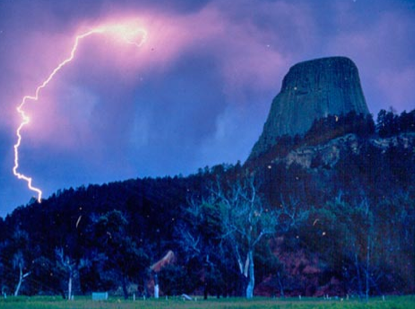 Photograph of Devil's Tower