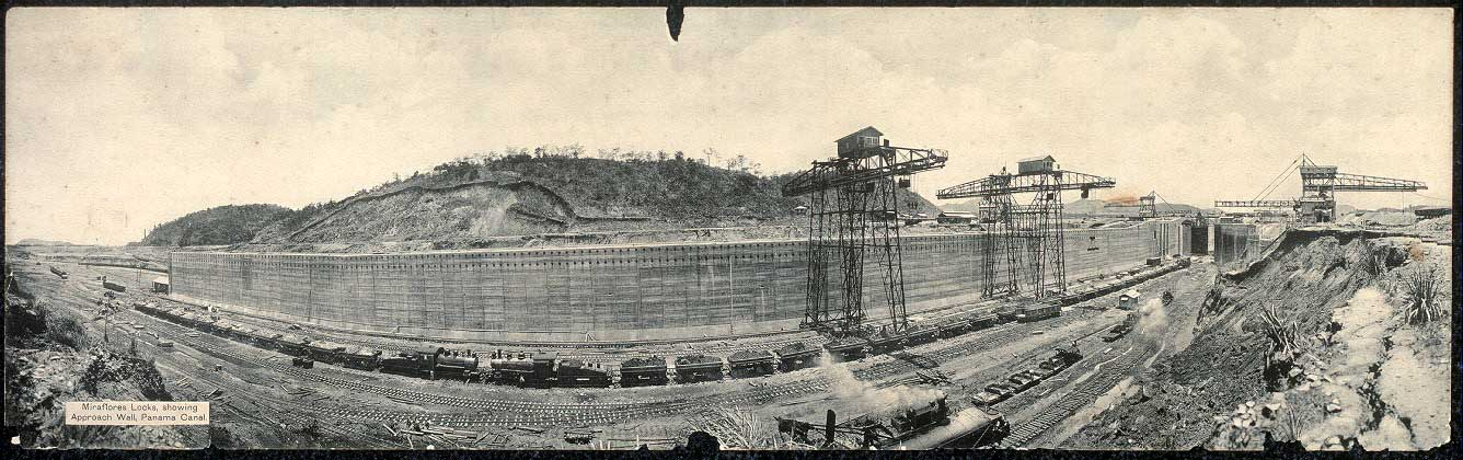 photo of building the Panama Canal
